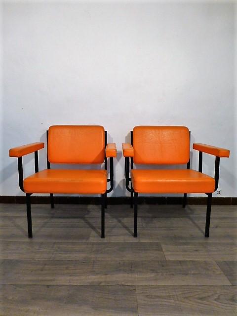 the french brocante mobilier vintage scandinave et antiquites de france en ligne. Black Bedroom Furniture Sets. Home Design Ideas