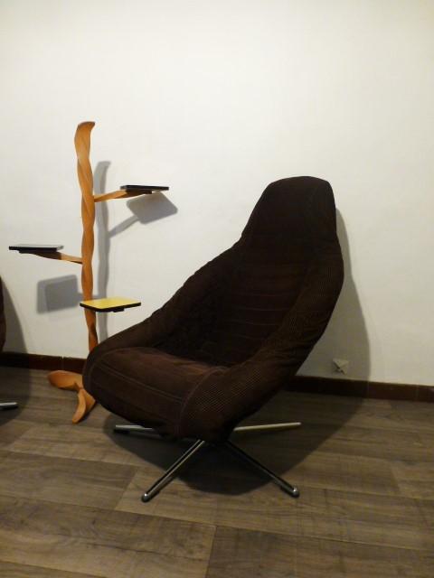 paire de fauteuil baquets en velour 1970. Black Bedroom Furniture Sets. Home Design Ideas