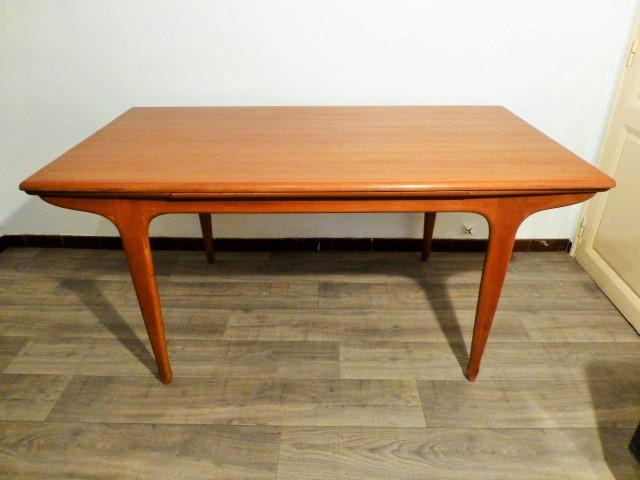 Grande table scandinave lv paris 1960 for Grande table scandinave