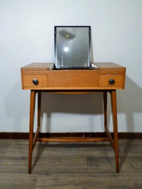 coiffeuse scandinave vintage en bois 1960. Black Bedroom Furniture Sets. Home Design Ideas