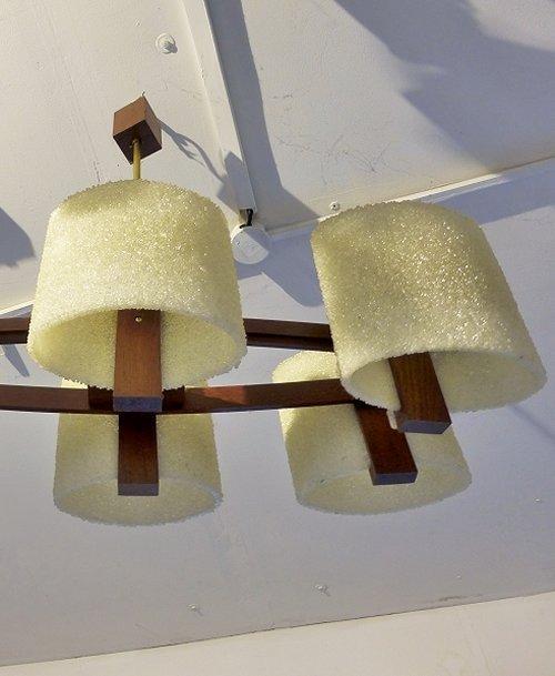 lustre scandinave en teck 1970. Black Bedroom Furniture Sets. Home Design Ideas