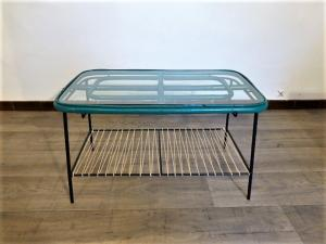 TABLE BASSE  VINTAGE EN ROTIN, METAL ET CORDE. 1960.