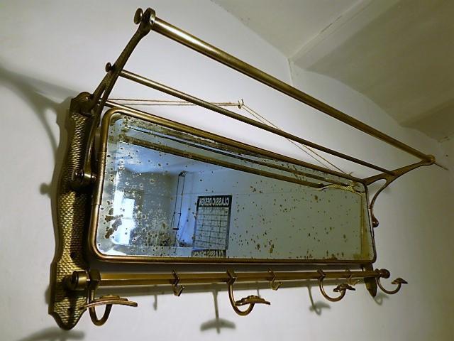 Porte Manteau En Laiton Avec Miroir Circa