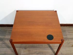 TABLE BASSE EN TECK MAGNUS OLESEN. 1965